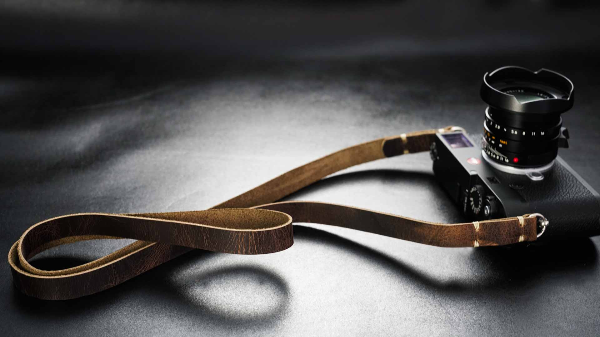 classic strap, leather camera strap, handmade leather camera strap, leica camera strap, mirrorless camera strap, handmade camera strap, dslr camera strap, brown camera strap