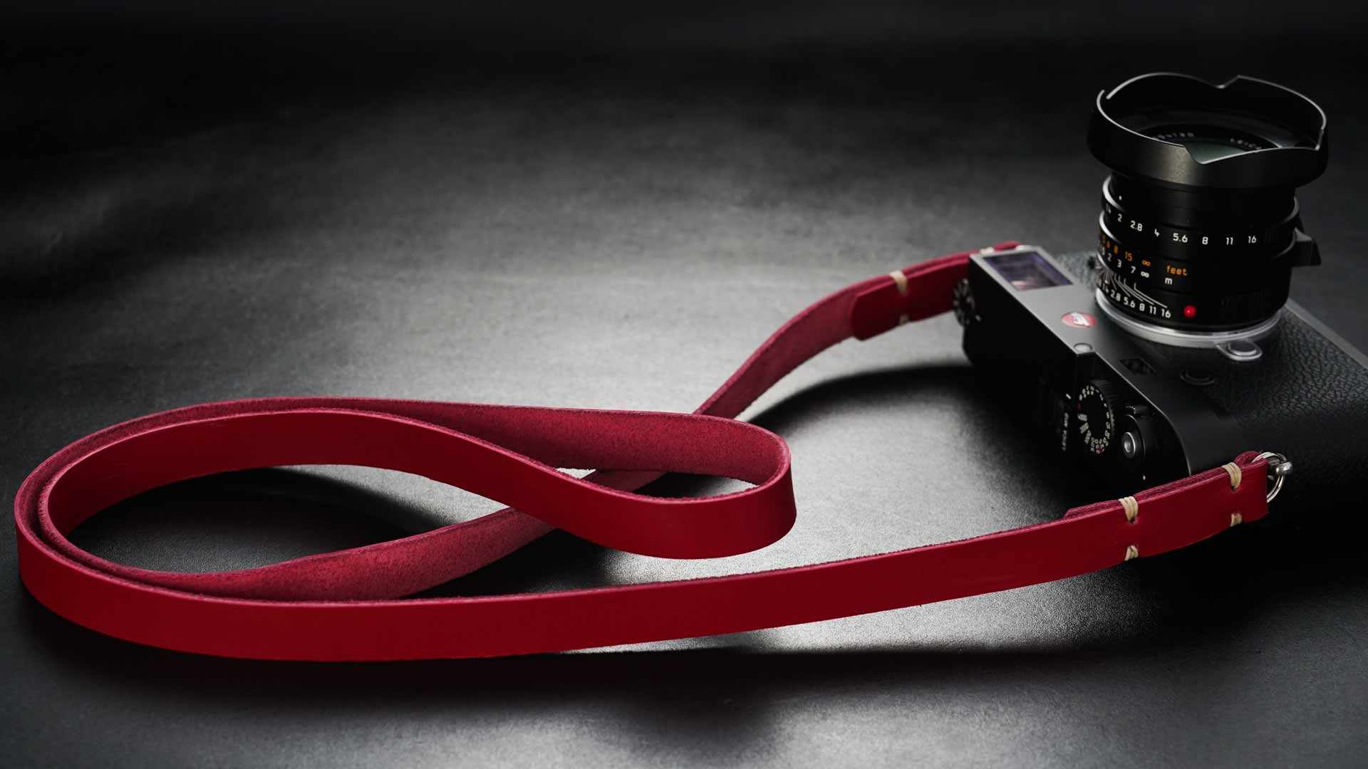 classic strap, leather camera strap, handmade leather camera strap, leica camera strap, mirrorless camera strap, handmade camera strap, dslr camera strap, red camera strap