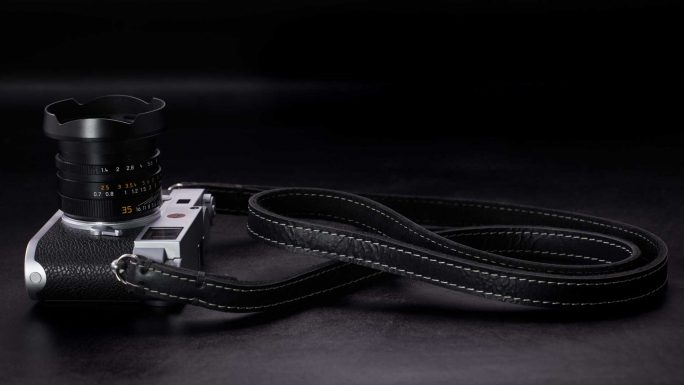 Riviera Black and White, Leather Camera Strap