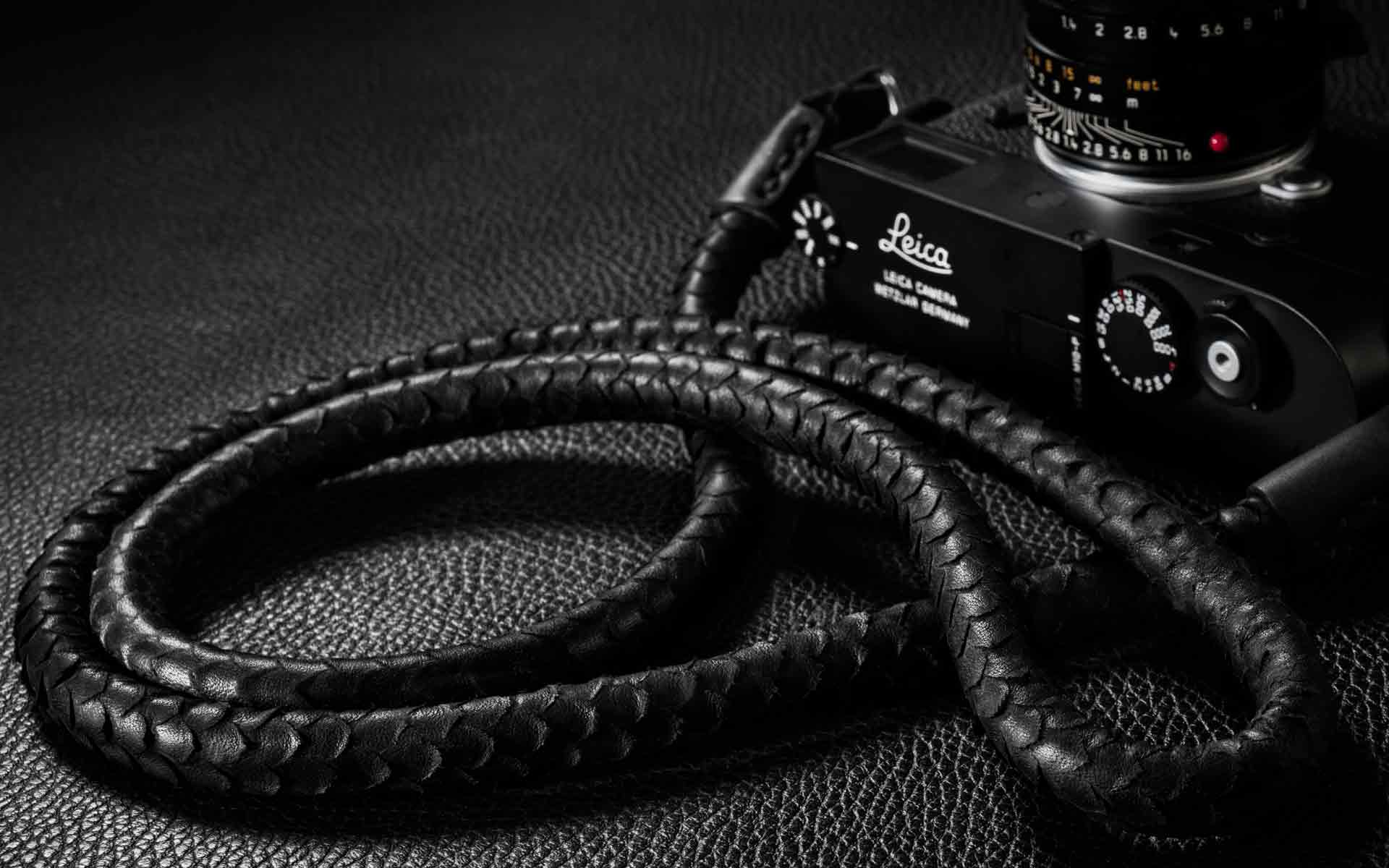leather camera strap, handmade leather camera strap, leica camera strap, handmade camera strap, black camera strap, mirrorless camera strap