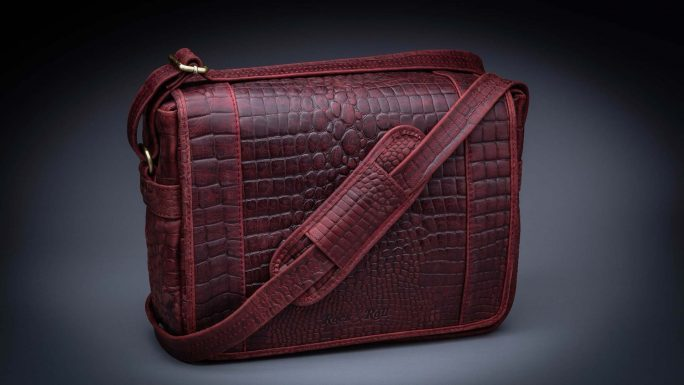 RIVIERA ROYAL RED CROC TRAVELER